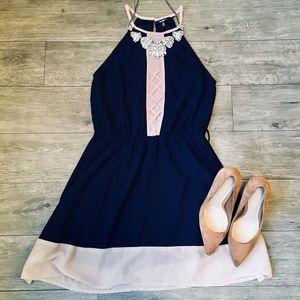 ⚡️NEW LISTING⚡️ FIT &FLARE HALTER DRESS 👗